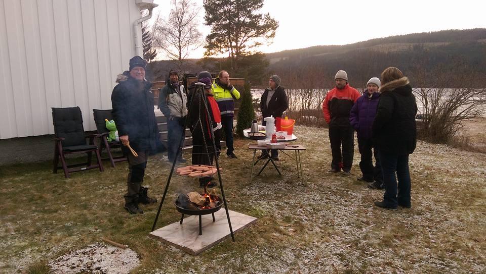 Pølsefest ved Sigernessjøen